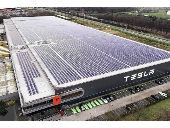 El desembarco de Tesla en Europa se paraliza por el coronavirus
