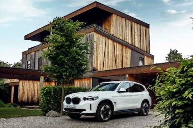 El nuevo BMW iX3 ya está disponible en España: te mostramos su precio