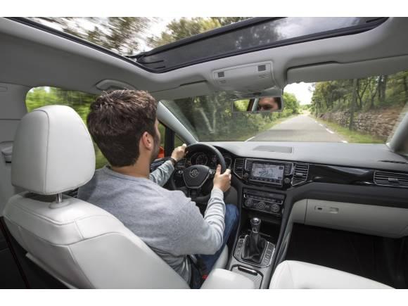 Conducción eficiente: cuándo cambiar de marcha para gastar menos