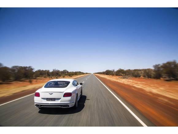 Video: Bentley Continental GT Speed a más de 300 km/h