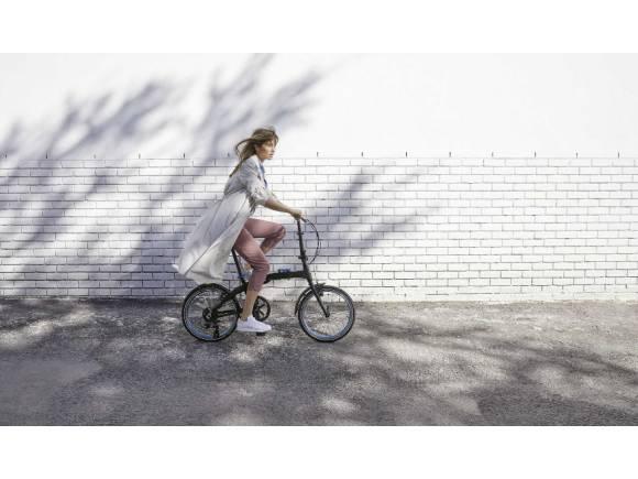 Las mujeres lideran la transformación en la movilidad según un informe impulsado por BMW