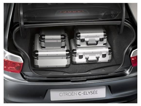 Prueba: Citroën C-Elysée, desde Vigo para todo el mundo