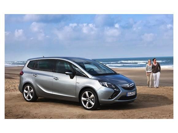 Opel Zafira Tourer: primeras fotos oficiales y vídeo del nuevo monovolumen de Opel