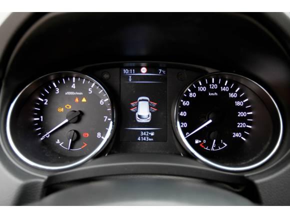 SUV vs familiar: Nissan Qashqai vs Seat León ST X-perience