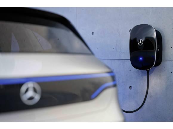 EQ Power: Mercedes apuesta por la hibridación con diésel