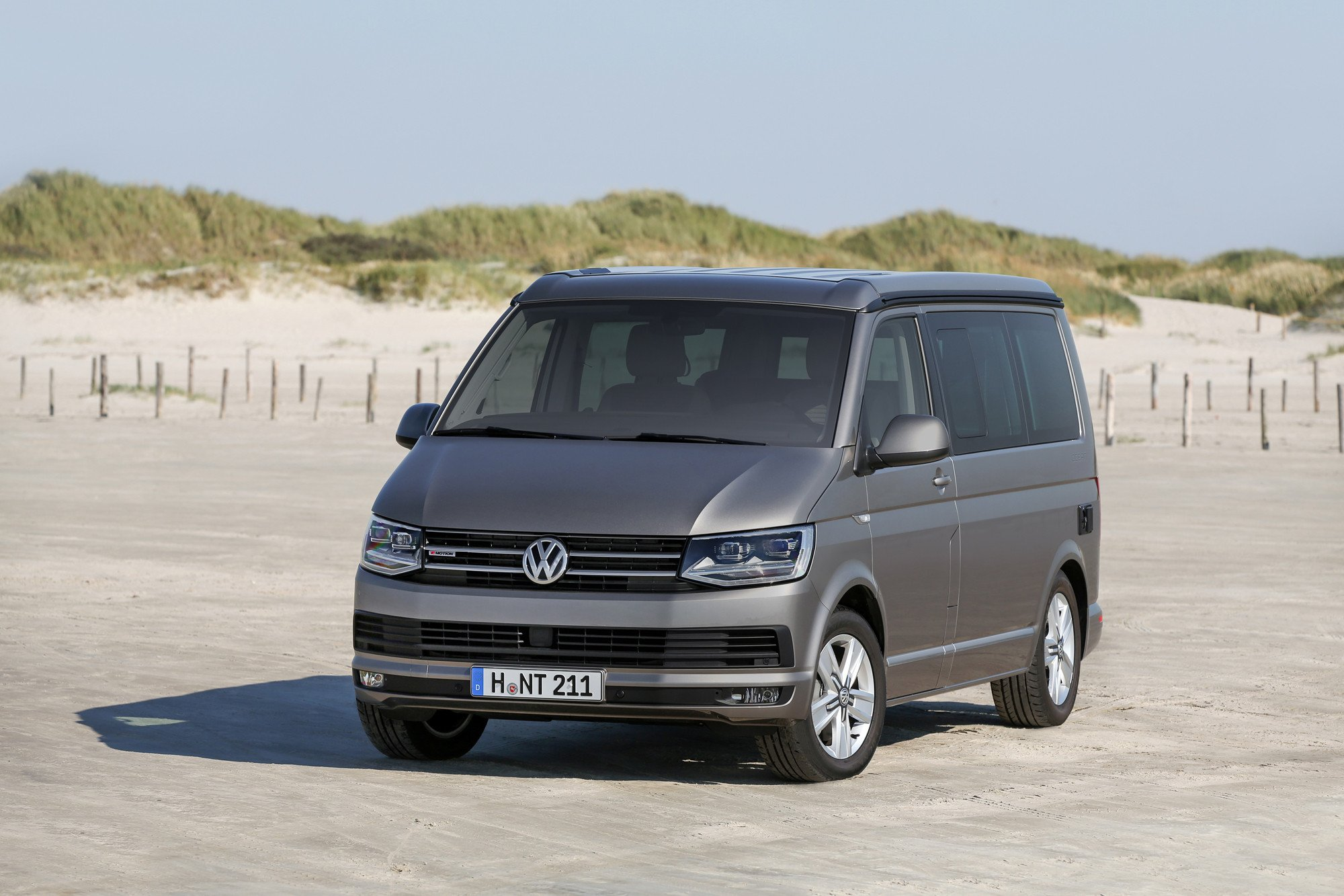 nueva volkswagen california desde euros. Black Bedroom Furniture Sets. Home Design Ideas