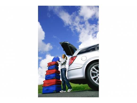 Cómo cargar el maletero del coche para viajar seguro