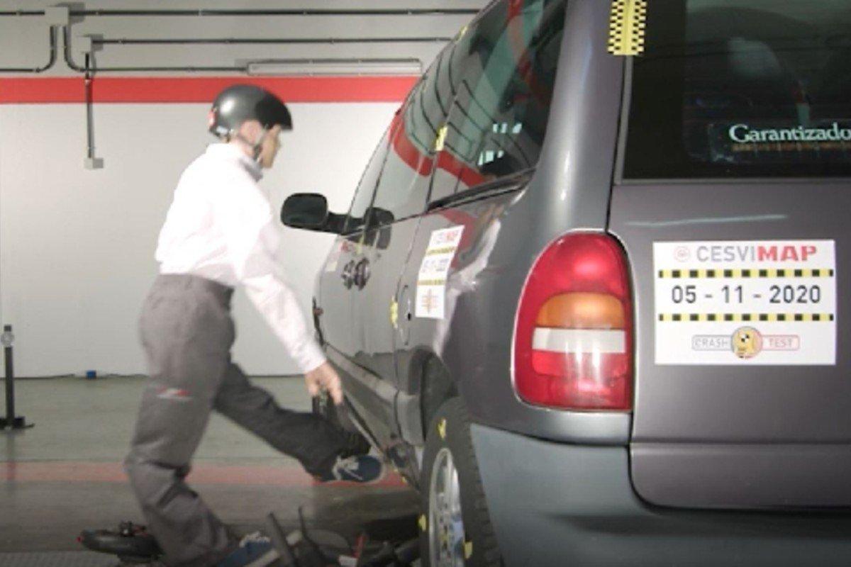 patinete crash test