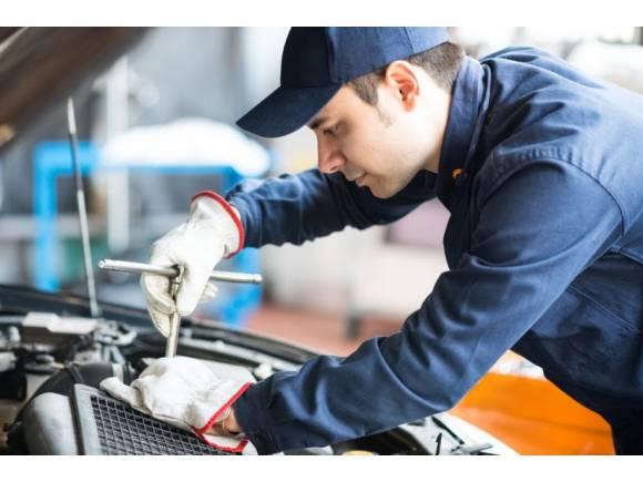 ¿Cuánto debe tardar el taller en reparar un coche?