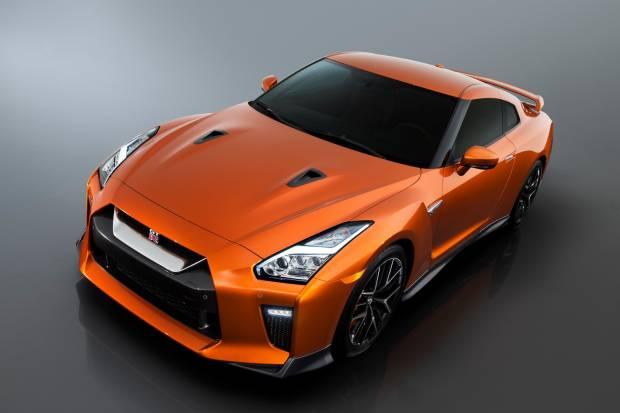 Nuevo Nissan GT-R: más potencia, nuevo estilo y acabados Premium