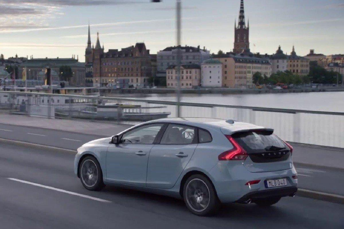 Volvo 180 km/h