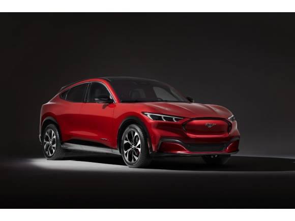 Ford Mustang Mach-E: hasta 465 CV de SUV eléctrico con espíritu de muscle car