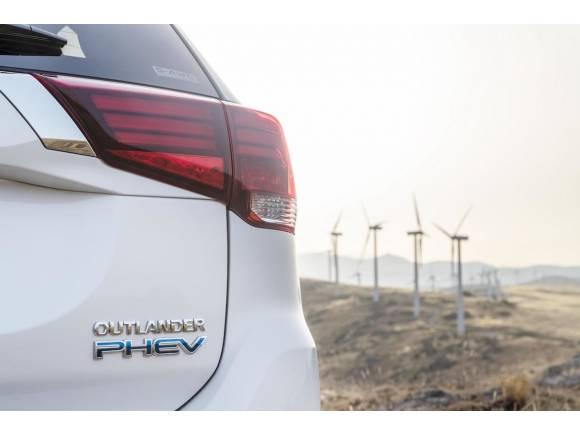 Mitsubishi y Endesa: electricidad gratis para el Outlander PHEV