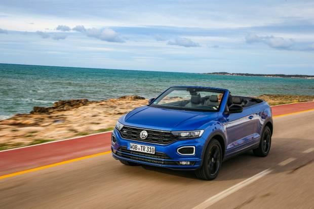 Consejos para viajar en un descapotable: nos vamos a Asturias en un VW T-Roc Cabrio