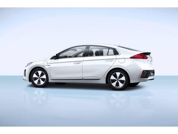 Se completa la trilogía: primera prueba del Hyundai Ioniq híbrido enchufable