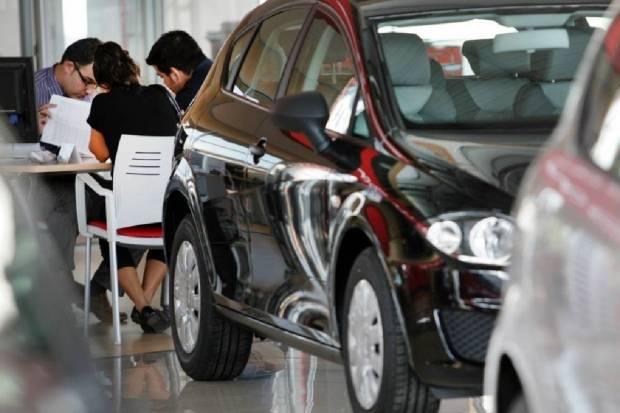 La nueva normativa de emisiones encarecerá en unos 5 euros al mes la letra del coche