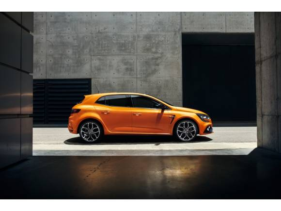 Renault Mégane R.S. 2018: con el motor del Alpine y dirección a las 4 ruedas