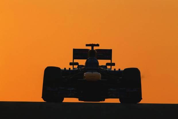 Fórmula 1 2013. Gran Premio de Abu Dhabi: Guerra en Lotus