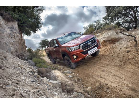 Nuevo Toyota Hilux Legend Raider edición limitada