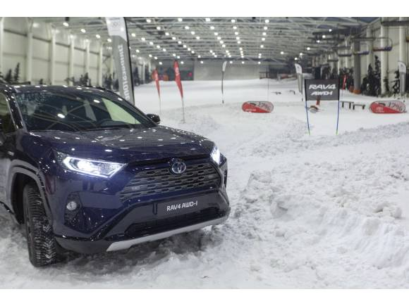 Nuevo Toyota Rav4 Hybrid AWD-I: ya disponible con tracción total