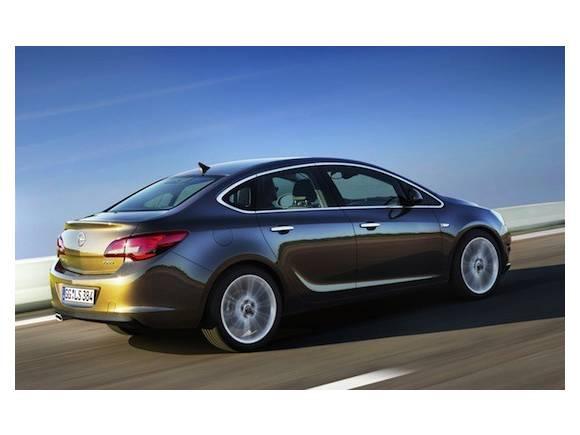 Nuevo opel astra sedan de cuatro puertas - Opel astra 5 puertas ...