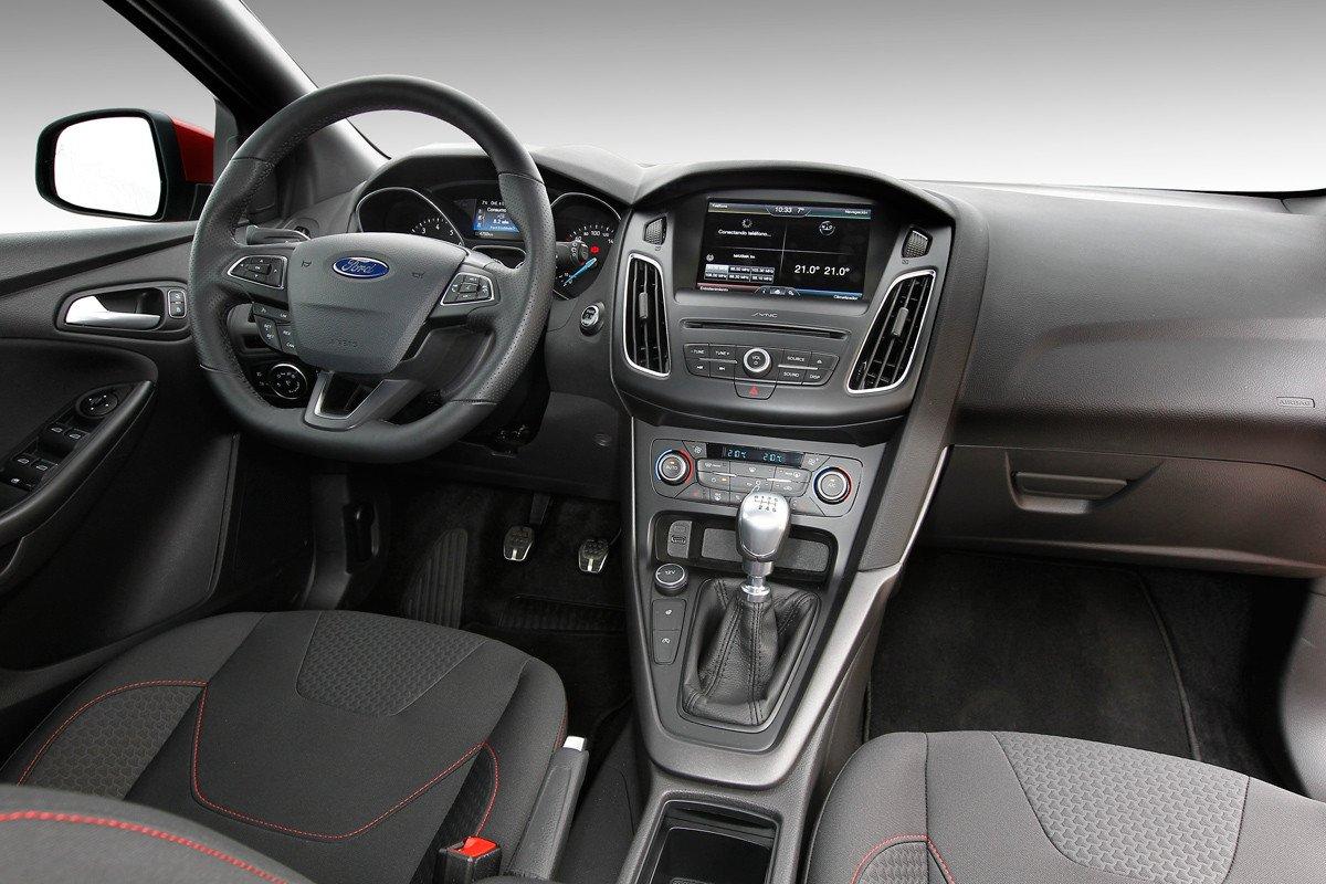 Prueba Ford Focus ST Line