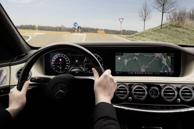 Mercedes actualiza el Clase S con más ayudas tecnológicas
