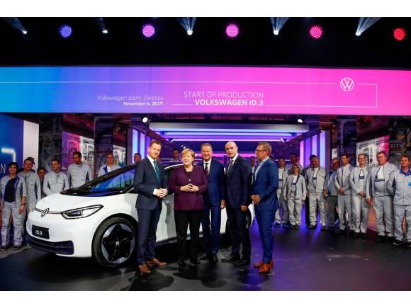 Vídeo: nos colamos en la fábrica de eléctricos más grande de Europa de Volkswagen