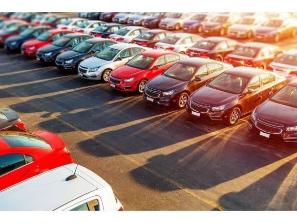 Las ventas de coches siguen en descenso: -15,7% en septiembre