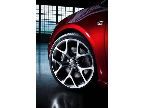 Opel Astra OPC: el Astra Coupé más potente y deportivo de la historia
