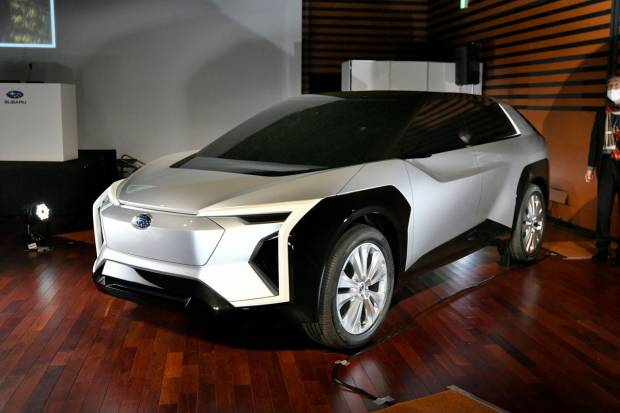 Subaru desvela las formas de su primer eléctrico que llegaría antes de 2025