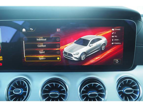 Prueba y opinión del Mercedes-AMG Clase E 53 Coupé: deportividad y elegancia