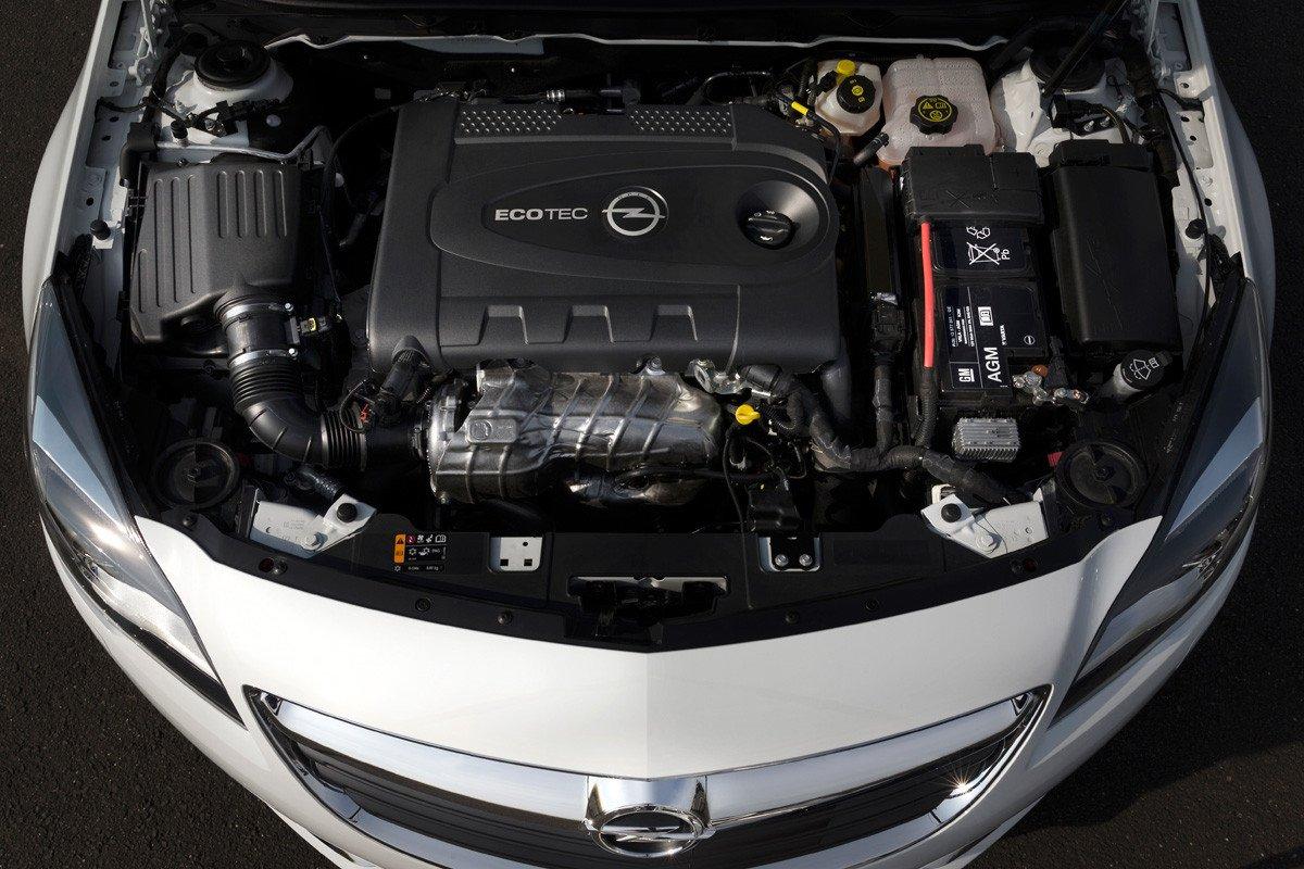 El gasto de la gasolina mitsubisi padzhero el volumen de 3 litros