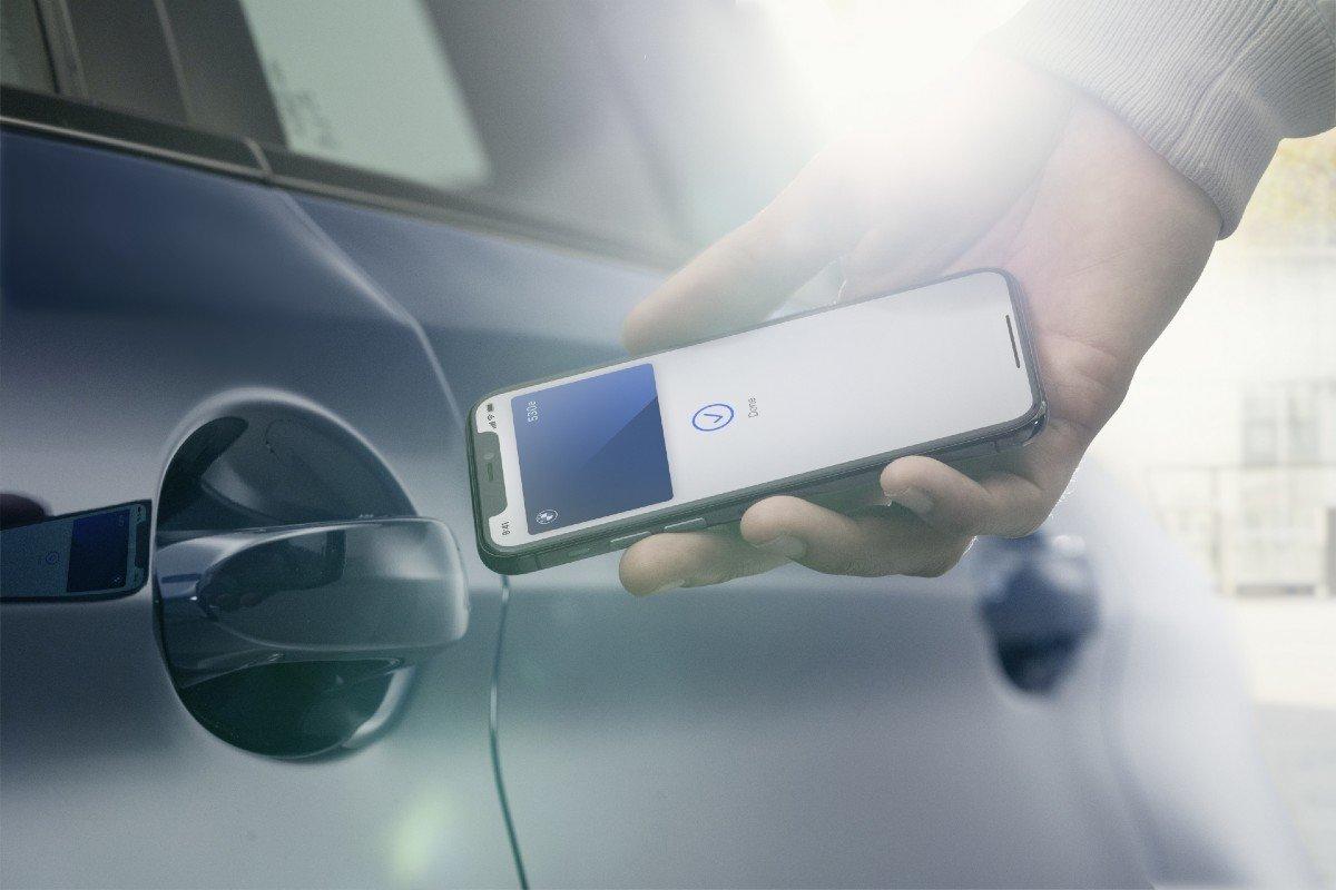 llave iPhone BMW