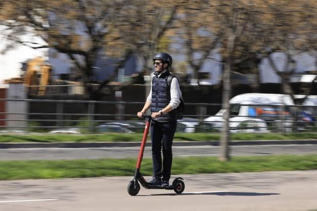 Normativa patinetes eléctricos en Sevilla, Madrid, Barcelona y Valencia