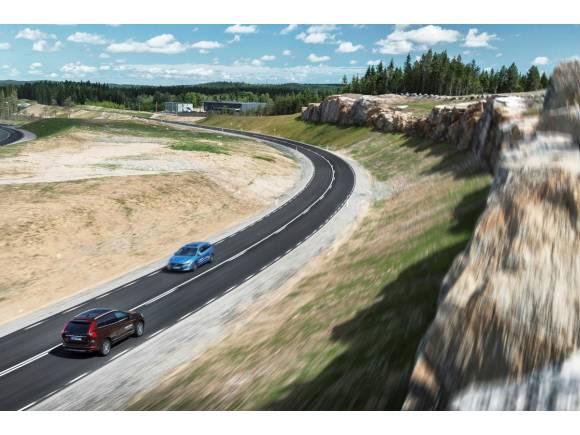 5 normas claves para conducir por carreteras secundarias