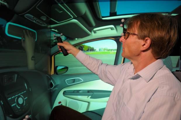 Diseño de coches en 3D: Ford 3-D Cave