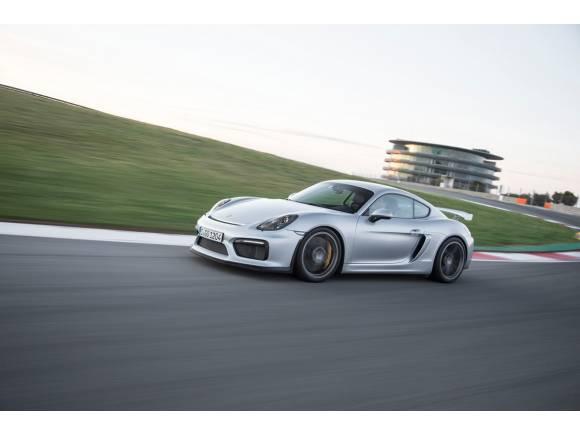 Porsche prepara una versión de carreras del Cayman GT4
