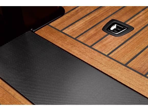 BMW X7 Pick-up, un proyecto de estudiantes con moto incluida