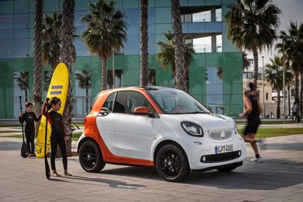 El smart fortwo tendrá caja de cambios automática a partir de abril