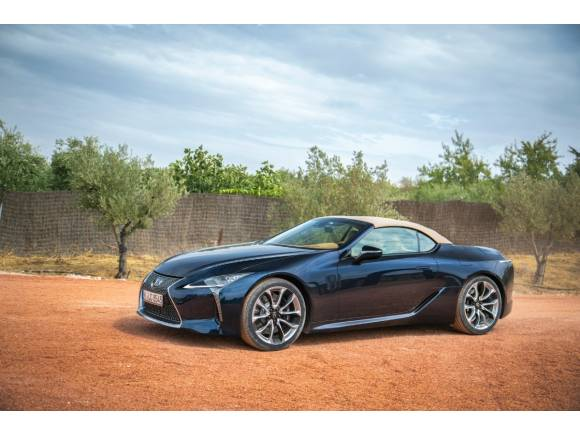 Prueba del nuevo Lexus LC 500 cabrio: diseño, interior, motor V8, precio, opinión,...