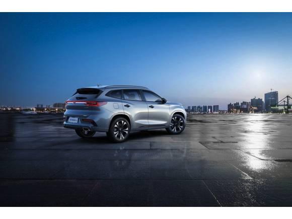 El SUV chino híbrido Exeed TX podría llegar a Europa