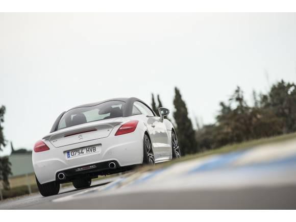 Prueba: Peugeot RCZ-R, preparado por Peugeot Sport