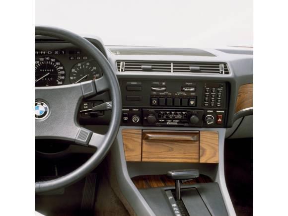 BMW Serie 7: repaso a las seis generaciones y sus innovaciones