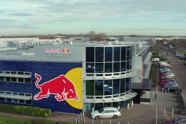 Vídeo: así es por dentro la fábrica del Red Bull F1 Team