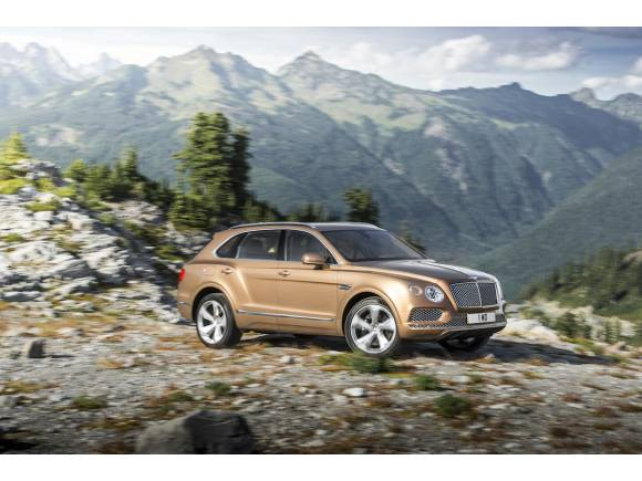 Nuevo Bentley Bentayga, lleva el lujo al campo