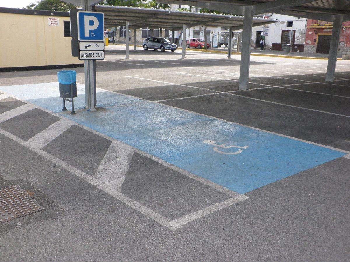 Aumenta el n mero de multas a minusv lidos por aparcar en for Plaza de aparcamiento