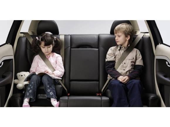 Niños en el coche: Lo que dice la Ley de Seguridad Vial