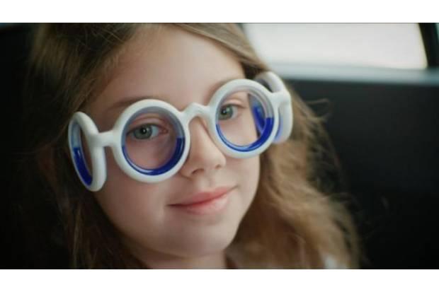Citroën crea unas gafas antimareo para niños y adultos