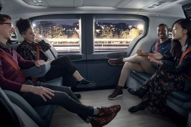 General Motors muestra su coche para flotas 100% eléctrico y autónomo